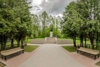 фото памятник Фурманову г. Фурманов